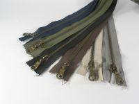 Kovový zip 85 cm